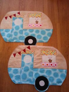 Cute caravan placemats! Use them in your caravan, camper or on holiday.