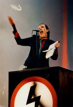 Marilyn Manson | The Antichrist, The Third & Final Beast - The NACHTKABARETT