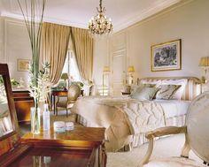 Plaza Athénée Paris faz 100 anos - Casa Vogue | Lazer