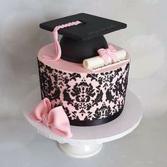 Most Popular graduation party decorations for girls ideas College Graduation Cakes, Graduation Party Desserts, Graduation Crafts, Graduation Party Planning, Pink Party Foods, Royal Tea Parties, School Cake, Girl Cakes, Fancy Cakes