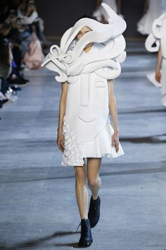 Catwalk photos and all the looks from Viktor & Rolf Spring/Summer 2016 Couture Paris Fashion Week