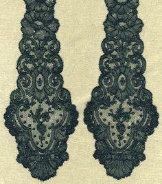 Chantilly bobbin lace lappets