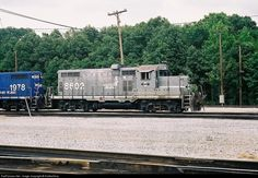 RailPictures.Net Photo: P&L 8602 Paducah & Louisville Railroad EMD GP10 at Paducah, Kentucky by RailfanTerry