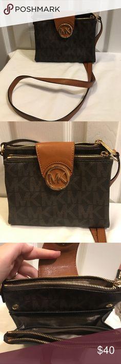 Michael Kors crossover bag Michael Kors cross over body purse KORS Michael Kors Bags Crossbody Bags