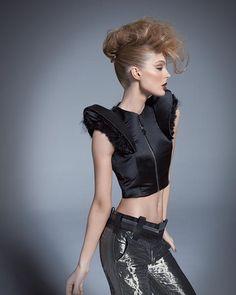 http://www.esteticamagazine.de Hair: Paul Mitchell  Artistic Team  Photo: Hama Sanders  Products: Paul Mitchell