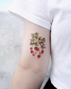 34 Black Wildflower Tattoo Ideas for Women In 2020 - Which one of the most popular wildflower tattoos have you found? In the world we live in, there are - Mini Tattoos, Flower Tattoos, Body Art Tattoos, Small Tattoos, Quote Tattoos, Tattoo Fonts, Pretty Tattoos, Beautiful Tattoos, Cool Tattoos