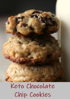 #cookies #delicious Keto Chocolate Chip Cookies are a must have for anyone on the ketogenic diet. Super easy to make and full of flavor – you will want these on hand ALL the time! Best Keto Diet, Best Diet Plan, Keto Chocolate Chip Cookies, Low Carb Sweeteners, Fun Cookies, Special Recipes, Cookies And Cream, Best Diets, Easy Cooking