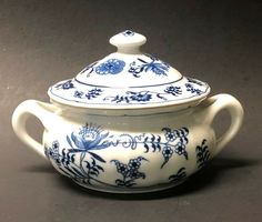 Blue Danube Covered Soup Bowl w/Lid Double Handle Blue White Cream Soups Japan Pattern Leaf, Blue Onion, Bowl, Cream Soups, Blue And White, Japan, Dishes, Handle, China