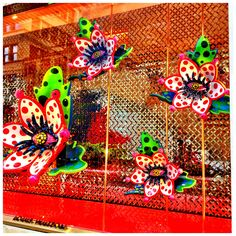 Yayoi Kusama Window Display, Louis Vuitton | par firstnameunknown