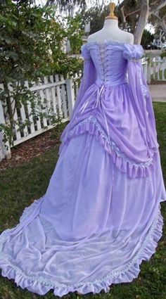 Sleeping Beauty Princess Fantasy Gown Custom by RomanticThreads Pretty Outfits, Pretty Dresses, Beautiful Dresses, Ball Gown Dresses, Prom Dresses, Fantasy Gowns, Vintage Gowns, Lolita Dress, Dream Dress