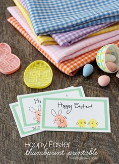 Hoppy Easter Thumbprint Cards plus a free printable with livelaughrowe.com