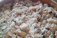 筍や蕗やきのこ類を沢山入れて蒸しあげました。 たくさん召し上がれ~♪♪v(*'-^*)^☆ - 6件のもぐもぐ - ☆山菜おこわ☆ by marimokumi627