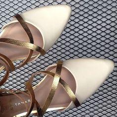 Alguém disse... sapatos novos?   #tanarabrasil #shoesfirst