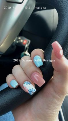 Fascinating Nail Designs Ideas That Are So Perfect For Summer 2019 - Beautiful appearance does not only apply to the glowing face and dressing style these days but prim and proper fashioned nails also add glamor to one. Cute Summer Nail Designs, Cute Summer Nails, Simple Nail Art Designs, Fall Nail Designs, Spring Nails, Cute Nails, Summer Design, Nailart Disney, Nail Art Halloween