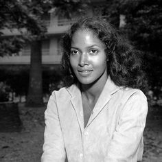"""Before there was Beverly Johnson, Jayne Kennedy, Halle Berry, Rhianna, or Tyra Banks, there was Marpessa Dawn. Beauty that took your breath away. Have you ever watched """"Black Orpheus""""? 1959."""