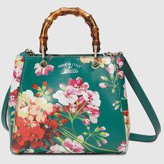 Mini-Tasche von Gucci: Bamboo Shopper mit Blooms-Druck: http://rstyle.me/iA-n/btz3h6z3rw_
