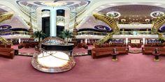 Bienvenue à bord du #MSCSplendida! Laissez le magnifique escalier en cristal Swarovski vous éblouir. Qui est prêt à passer des vacances Incroyables? Swarovski, Fair Grounds, Crystal, Vacation