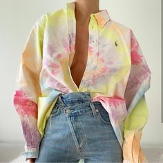 Tie dye and cross denim dye shirts outfit summer Tie Dye Fashion, Look Fashion, Diy Fashion, Ideias Fashion, Fashion Outfits, Fashion Details, Fashion Ideas, Style Outfits, Mode Outfits