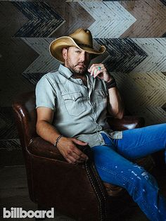 Jason Aldean's Talks Bro-Country and Blackface in Billboard Interview Country Music Awards, Country Music Artists, Country Singers, Country Musicians, Bro Country, Country Girls, Country Living, Route 91, Houston Rodeo