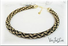 collier spirale crochet noir or