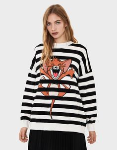 Bershka | Tom & Jerry #bershka #bershkacollection #tomandjerry #licencia #brand #new #in #newin #trend #trendy #cool #fashion #outfit #ideas #inspiration #look #woman #mujer #tendencia #product Bershka Collection, Camilla, Outfit Ideas, Ootd, Photoshoot, Nike, Sweatshirts, Disney, Prints