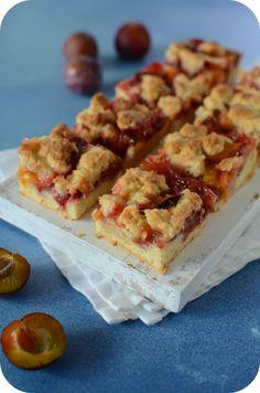 Carrés sablés aux prunes – Paprikas Biscuit Cookies, Biscuit Recipe, Shortbread, Classic Cake, Food Categories, Flan, Macarons, Nutella, Food And Drink
