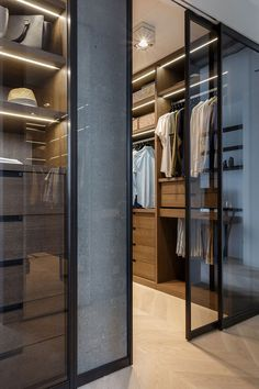 Luxury Walk In Closet Design Ideas for the Sophisticated Home Wardrobe Furniture, Wardrobe Design Bedroom, Wardrobe Closet, Closet Bedroom, Closet Space, Master Closet, Shoe Closet, Walk In Closet Design, Closet Designs