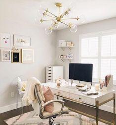 Ideas home office quarto minimalista Cozy Home Office, Home Office Colors, Home Office Space, Home Office Desks, Home Office Furniture, At Home Office Ideas, Home Offices, White Desk Office, Chic Office Decor