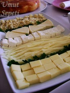 peynir tabağı sunumu.