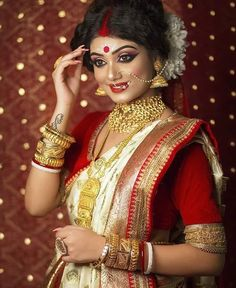 Exclusive Photoshoot of Brides with Jewels Bridal Hairstyle Indian Wedding, Indian Bridal Photos, Bengali Bridal Makeup, Indian Bridal Fashion, Bridal Pictures, Indian Wedding Outfits, Bridal Outfits, Bridal Makeup Images, Bridal Makeup Looks