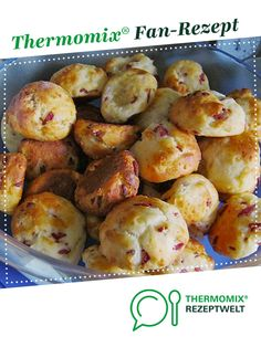 Pizza rolls RECIPE OF THE DAY from Wanstebude. A Thermomix ® recipe from the baking category www.de, the Thermomix ® community. Pizza Snacks, Pizza Recipes, Baby Food Recipes, Meat Recipes, Crockpot Recipes, Healthy Eating Tips, Clean Eating Recipes, Toast Pizza, Cheese Appetizers