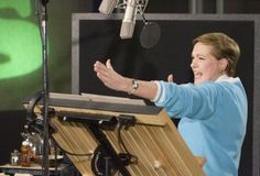 Julie Andrews giving voice to Queen Lillian on Shrek