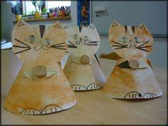 Arts And Crafts, Clock, Wall, Craft Ideas, Animals, Diy, Home Decor, Cats, Watch