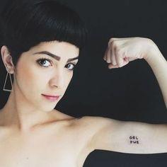 Poder na pele! 32 tatuagens feministas pra te inspirar