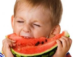Comer en familia aumenta el consumo de fruta y verduras en los niños