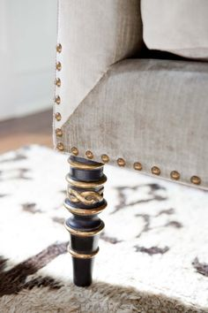 Leopold Sofa detail with burnished gold nail-head trim and antiqued black gold decorative legs by Ebanista from Collection Ten Furniture Styles, Sofa Furniture, Painted Furniture, Furniture Design, Furniture Ideas, Take A Seat, Nailhead Trim, Decoration, Slipcovers