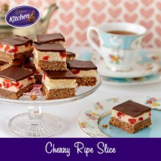 The holidays are almost over, and it's time for the kids to head back to school! This delicious CHERRY RIPE slice goes great in their lunch boxes, not to mention with your cuppa! Chocolate Cherry Cake, Cadbury Chocolate, Chocolate Treats, Cherry Ripe Slice, Cadbury Recipes, Cadbury Kitchen, Bakery, Sweet Treats, Cooking Recipes