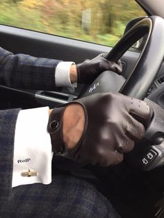 Belgian Dandy - Dents Chichester: Men's hairsheep leather driving gloves