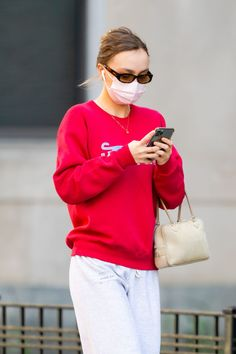Lily Rose Depp Style, Lily Rose Melody Depp, Kendall Jenner Dress, Lily Depp, Paris Outfits, Models Off Duty, Star Fashion, Celebrity Style, Street Style