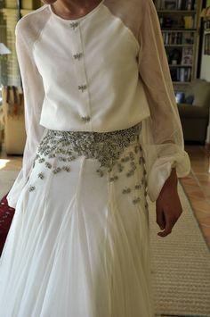 Mercedes Peralta, vestido, novia, roberto diz, ranglan, gasa, blanco, bichos, botones