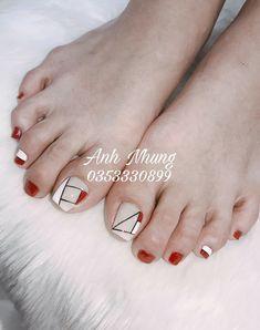 nails how to Toenail Art Designs, Pedicure Designs, Pedicure Nail Art, Purple And Pink Nails, Purple Nail Art, Simple Toe Nails, Pretty Toe Nails, Toe Nail Color, Toe Nail Art
