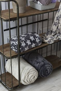 Más en www.lamallorquina.com Bunk Beds, Furniture, Home Decor, Duvet Covers, Beds, Yurts, Colors, Homemade Home Decor, Loft Beds