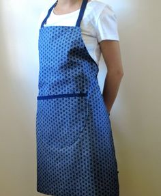 African Shweshwe Apron in blue with pocket. by akwaabaAfrica African Crafts, African Wear, African Fabric, Aprons, Dressmaking, Indigo, Print Design, Cotton Fabric, Apron Patterns