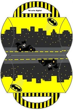 Batman in Black and Yellow: Free Printable Boxes.