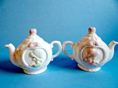 Vintage Precious Moments Collectible Teapot Salt and Pepper Shakers Set by TimelessTreasuresbyM on Etsy