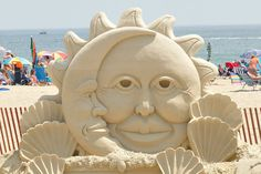 sun  moon sand sculpture