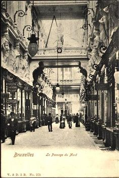 A collection of old postcards of Brussels, the capital city of Belgium Art Nouveau, Vintage Architecture, Saint Jean, Capital City, Vintage Pictures, Vintage Postcards, Old Photos, The Past, Europe