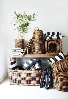 Cool 49 Simple But Smart Living Room Storage Ideas : 49 Smart Living Room Storage Ideas With White Black Wall Cushion Window Curtain Plant Decor Hardwood Floor Rattan, Bountiful Baskets, Living Room Storage, Basket Decoration, Spring Home, Wicker Baskets, Rustic Baskets, Basket Weaving, Interior Inspiration