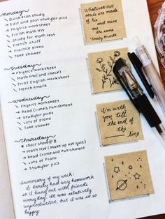 This is such an amazing idea for the bullet journal! Every year I get more organized and I love it! Can't wait to try this idea in my own planner! Planner Bullet Journal, Bullet Journal Notes, Bullet Journal Aesthetic, Bullet Journal Spread, Bullet Journal Layout, Journal Format, Bujo, Journal Inspiration, Layout Inspiration