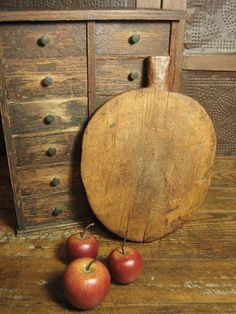 Outstanding Early Old Antique Primitive Farmhouse Kitchen Oval Bread Board   $122 SALE